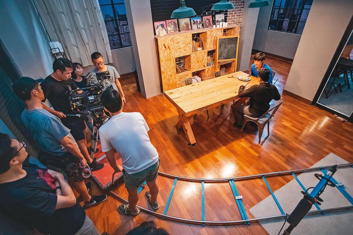 中影八德的母公司中影,是台灣電影界龍頭,創辦的中影培育中心,提供各種電影技術人才培訓課。(中影八德提供)