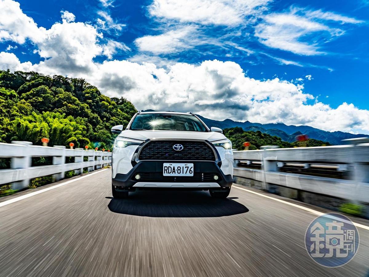 TOYOTA Corolla Cross Hybrid 旗艦型