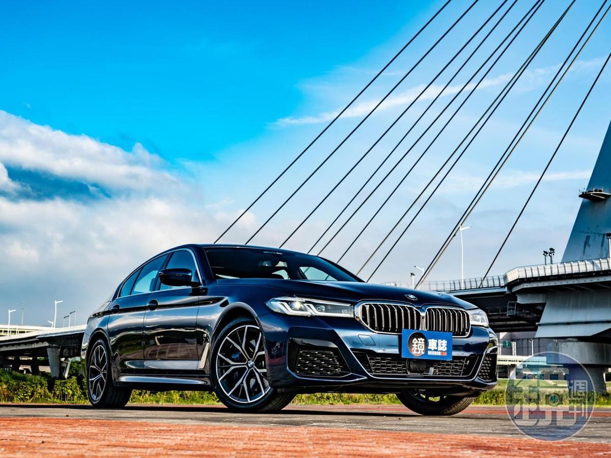 在2020年趁著小改款之際,5系列也不能免俗的將外觀做了「小針美容」。但真正值得注意的,則是首次引進台灣的BMW 48V Mild-Hybrid輕油電系統。
