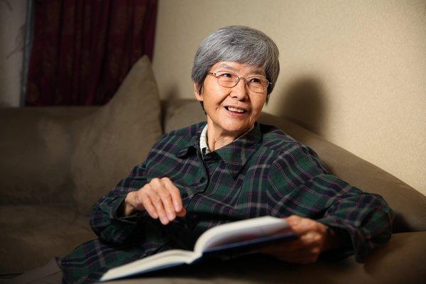 作為考古領域中難得一見的的女性,樊錦詩女士克服了無數的挫折及難題,並專心致志地保育中國敦煌的莫高窟達56年。
