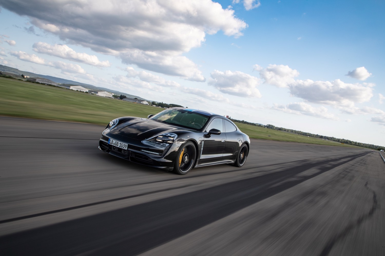 「電」力十足,Porsche Taycan 預購接單破 700 張
