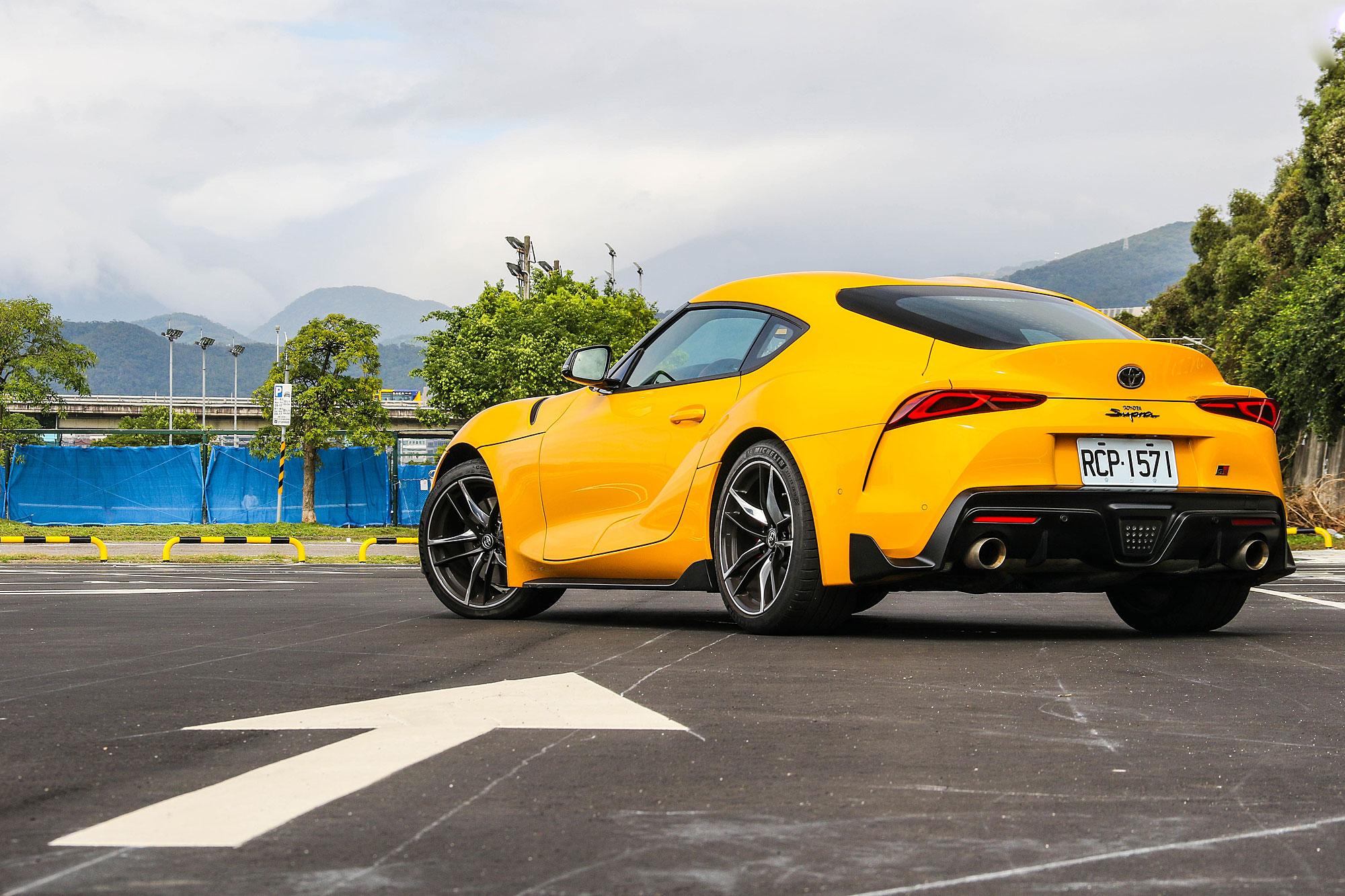 雖然是與 BMW 共同開發的結果,但兩者的造型風格卻截然不同。