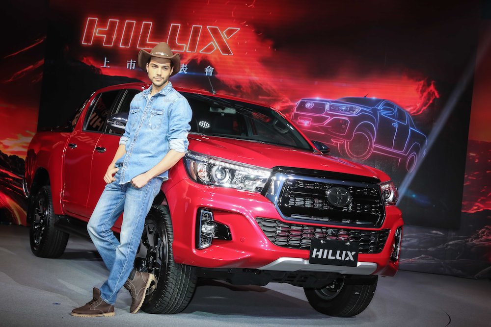 「硬」仗來了!Toyota Hilux 皮卡 136 萬上市