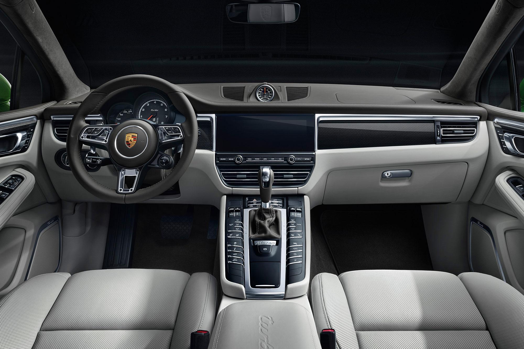 科技化的座艙鋪陳與 Macan 以及 Macan S 相同。