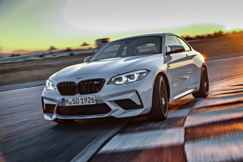 BMW M2 Competition 手排版搭載S55直列六缸雙渦輪增壓汽油引擎。