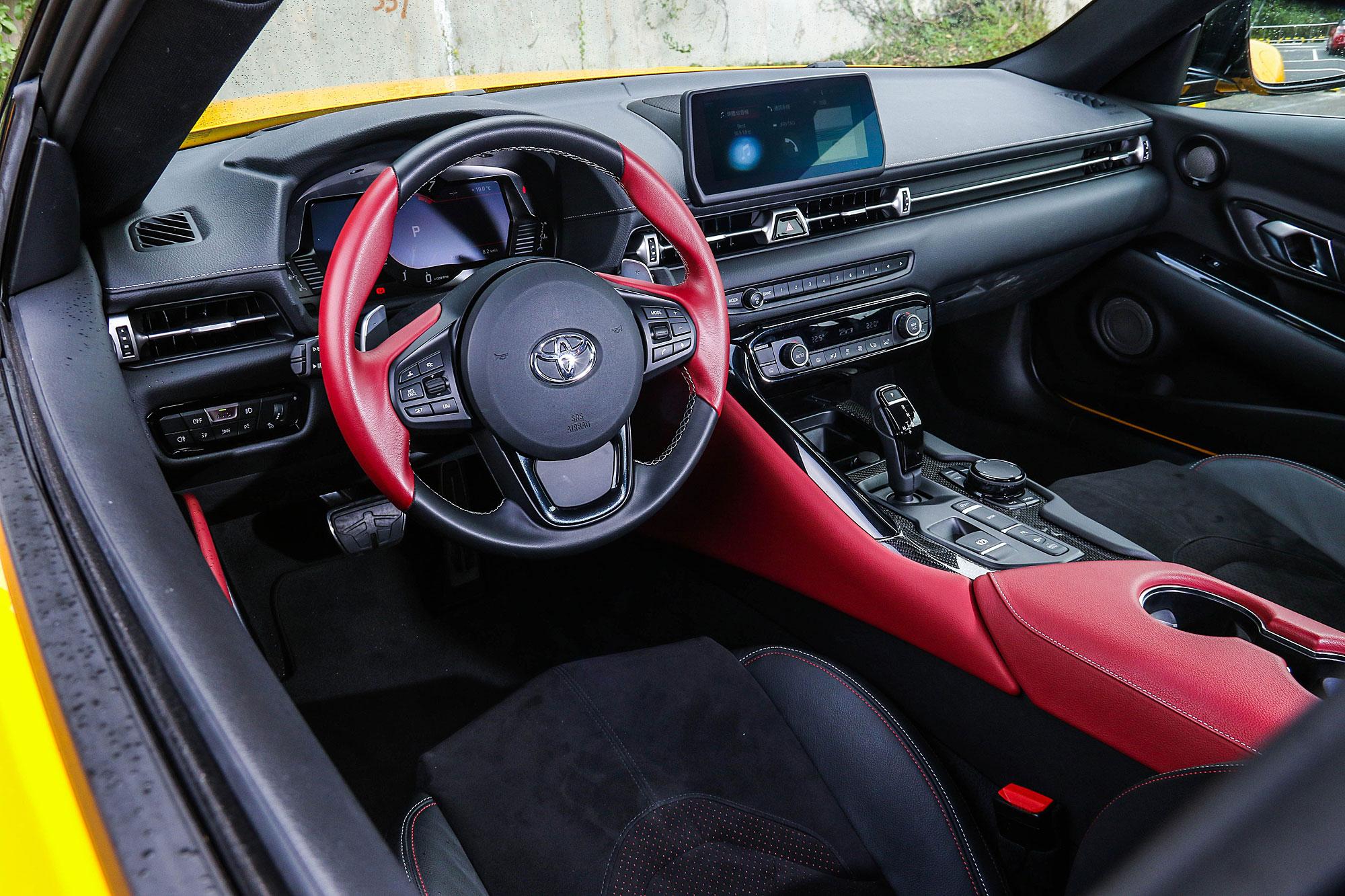 與 BMW 共享平台的結果,也帶來相當出色的駕駛介面。