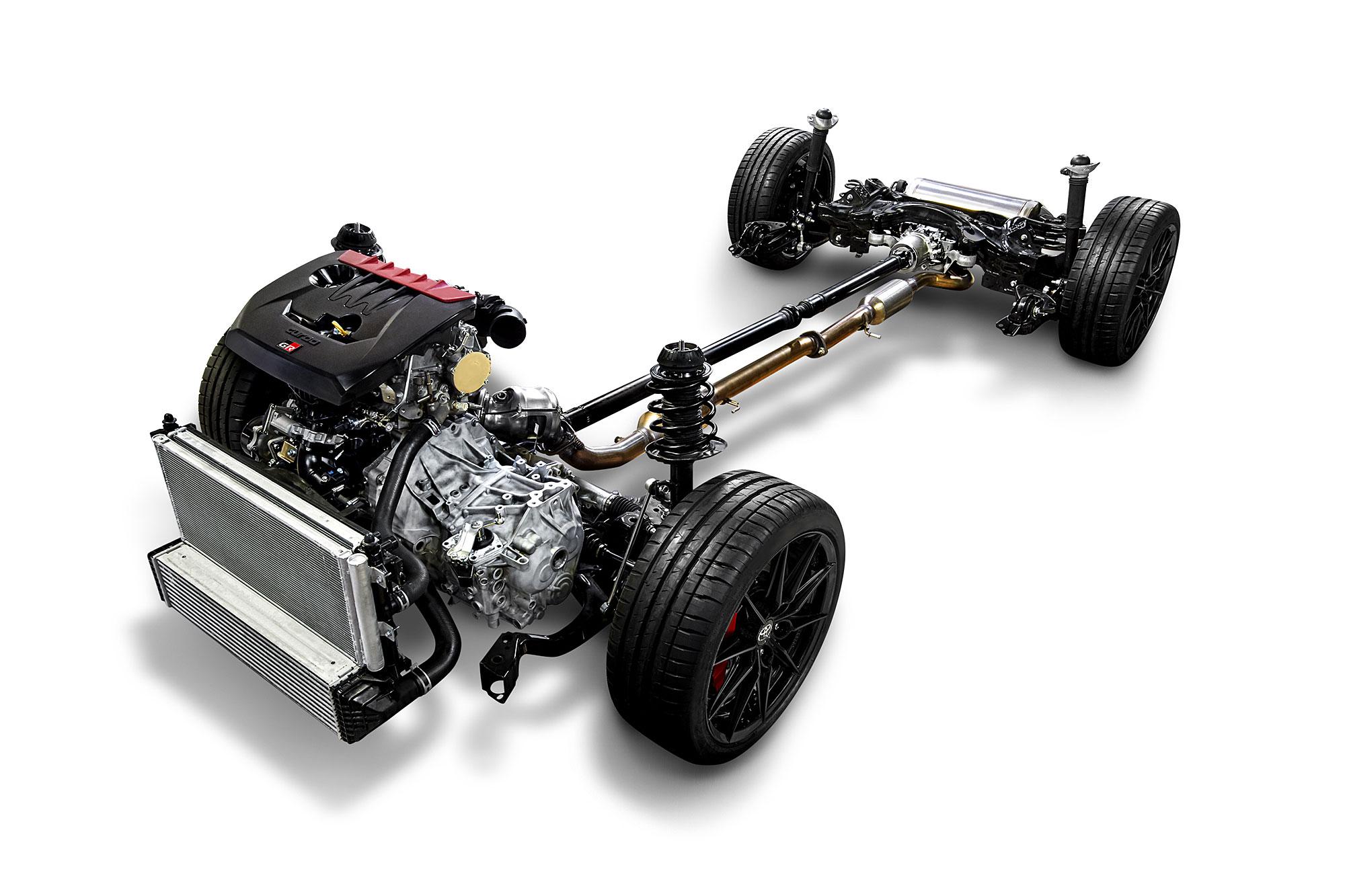 動力組合以 272 匹馬力輸出的 1.6 升 3 缸渦輪增壓引擎,搭配全時四輪驅動系統。