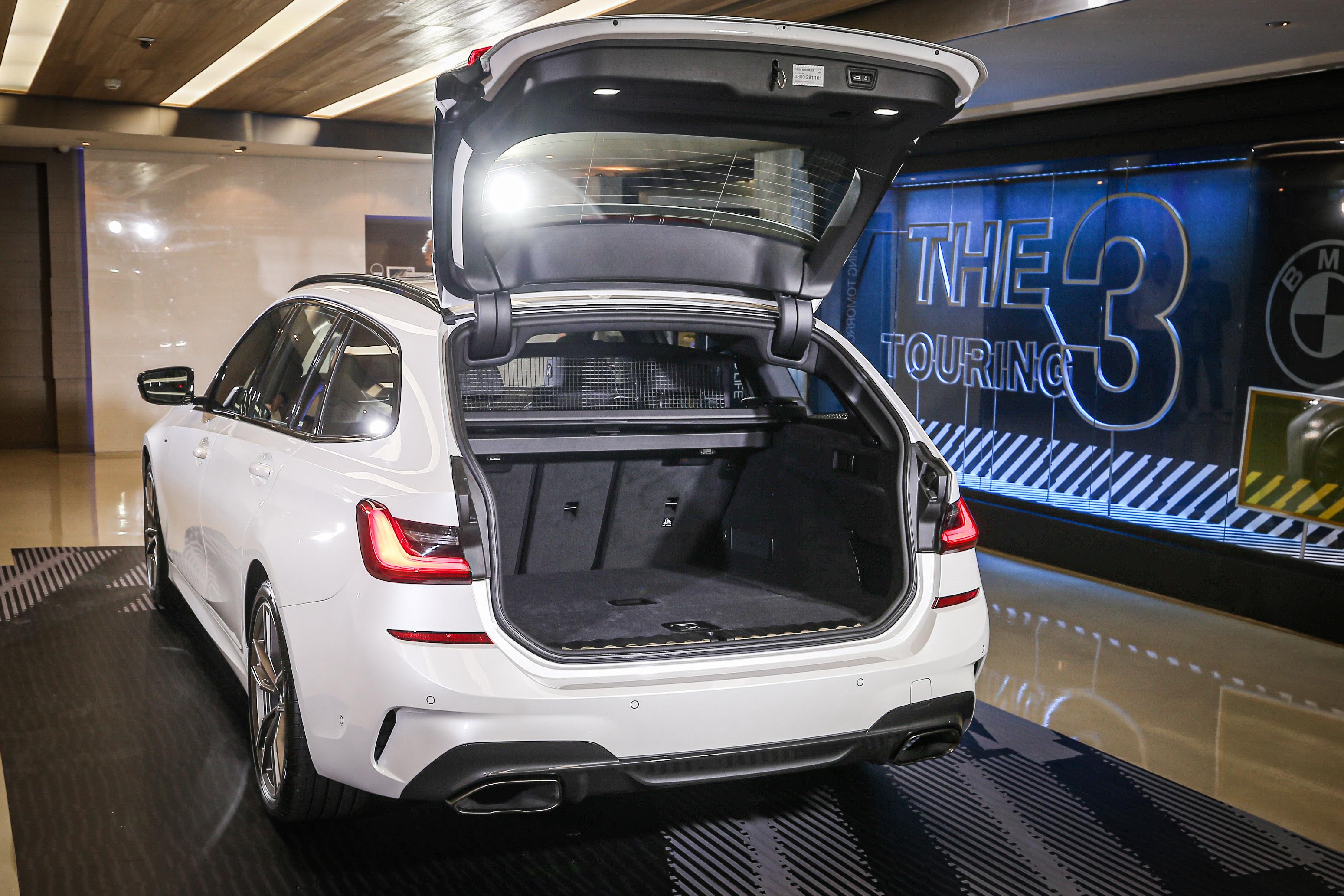 尾廂提供 4/2/4 椅背分離傾倒功能,容積可由 500 公升提升至 1,510 公升。