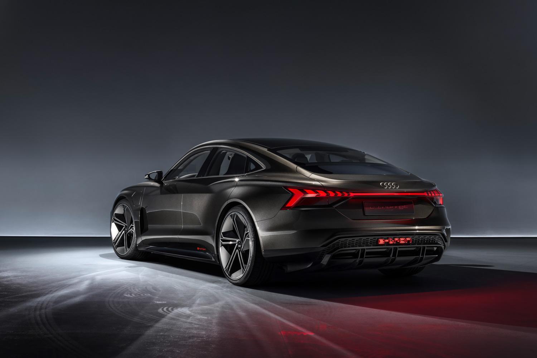除了電影主角與故事情節,Audi e-tron GT concept也是車迷朋友可以在【復仇者聯盟:終局之戰】電影中看到的另一亮點。