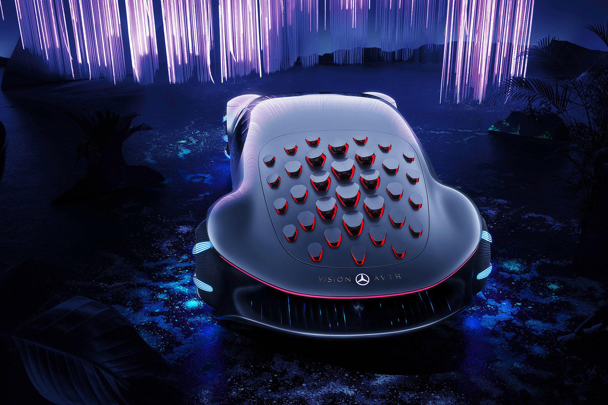 車尾設計有仿生呼吸孔。
