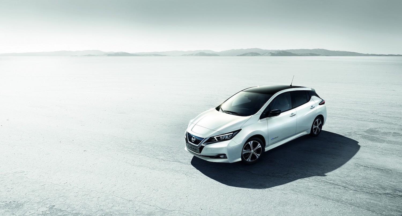 150 萬起!Nissan Leaf 預售開跑,還送家用充電設備
