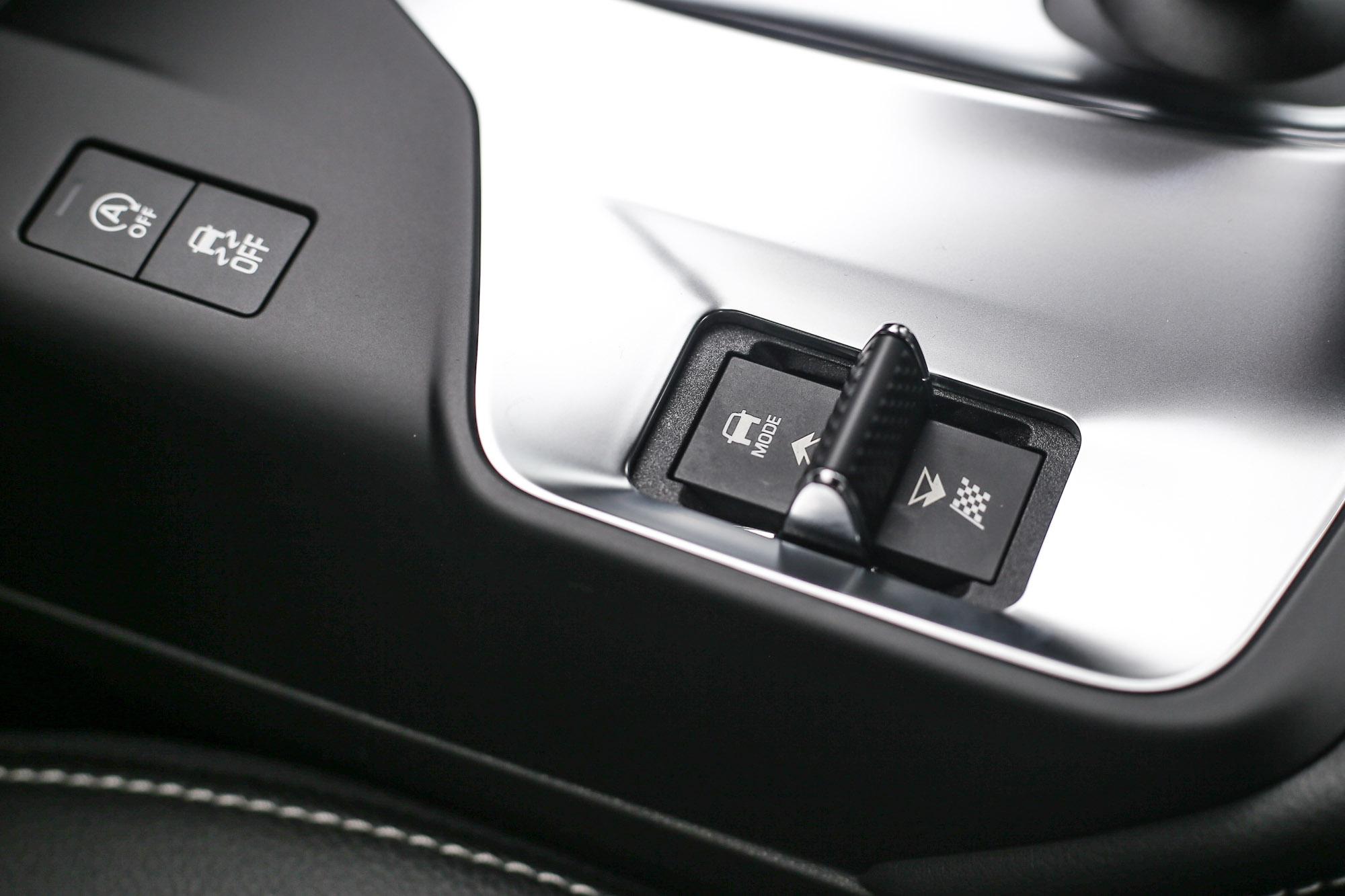 具備駕駛模式切換,可依照不同路況選擇不同動力輸出表現。