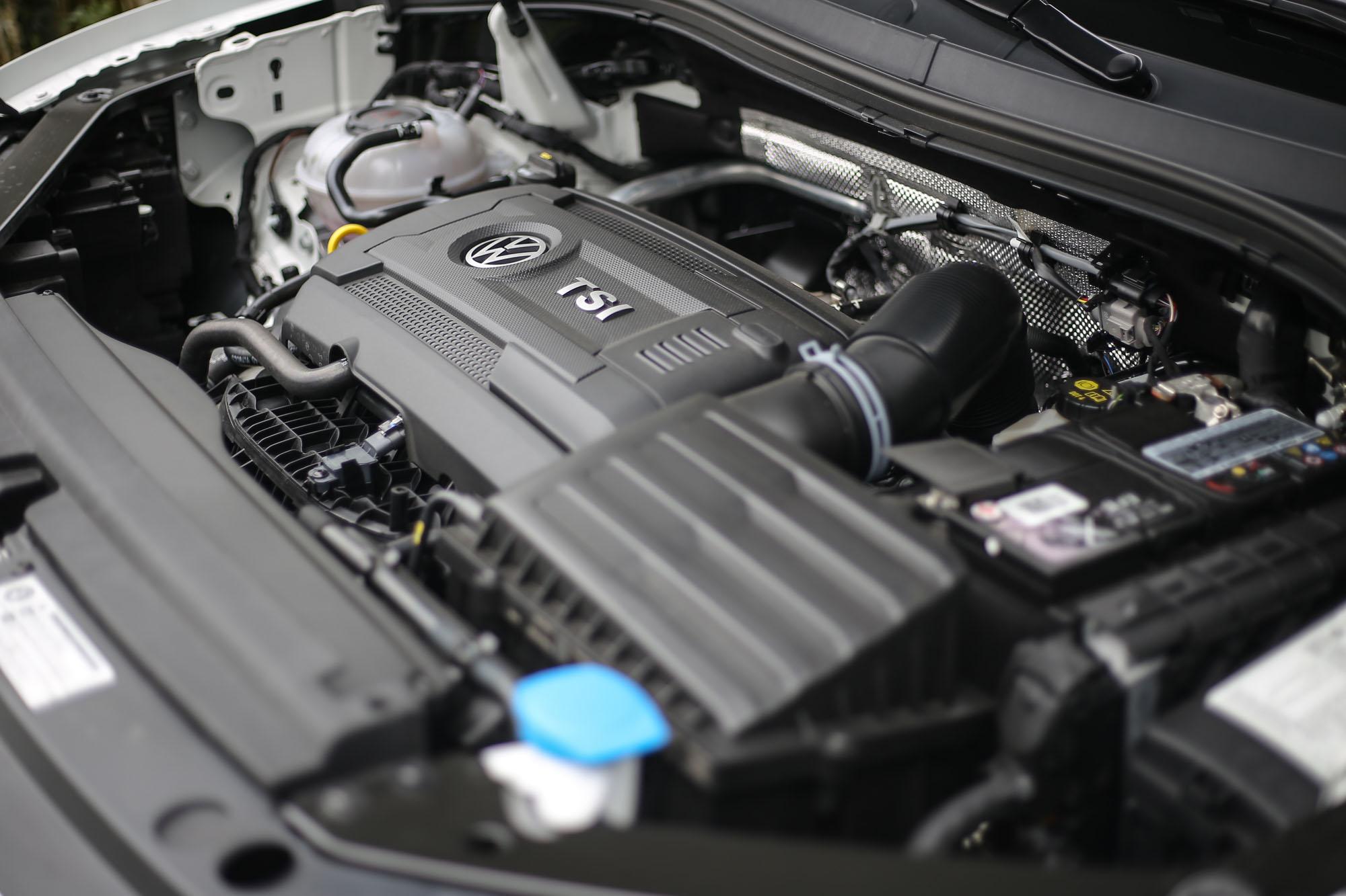 目前引進的Tiguan車型,全車系皆搭載2.0升渦輪增壓汽油引擎,而Tiguan 380 TSI車型具有最出色的220hp/35.7kgm動力輸出。