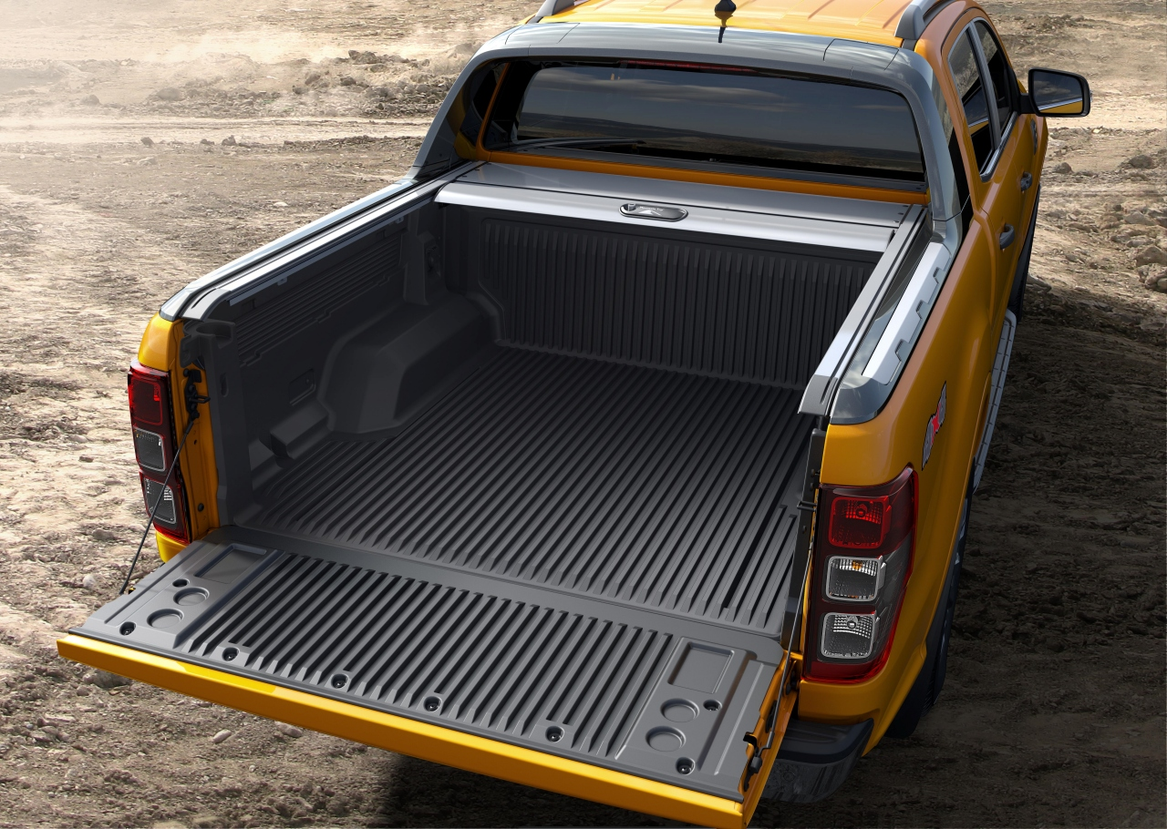 Ford Ranger 運動型車斗擁有約 2.42 平方公尺的載物空間,並能裝載 985 公斤物品。