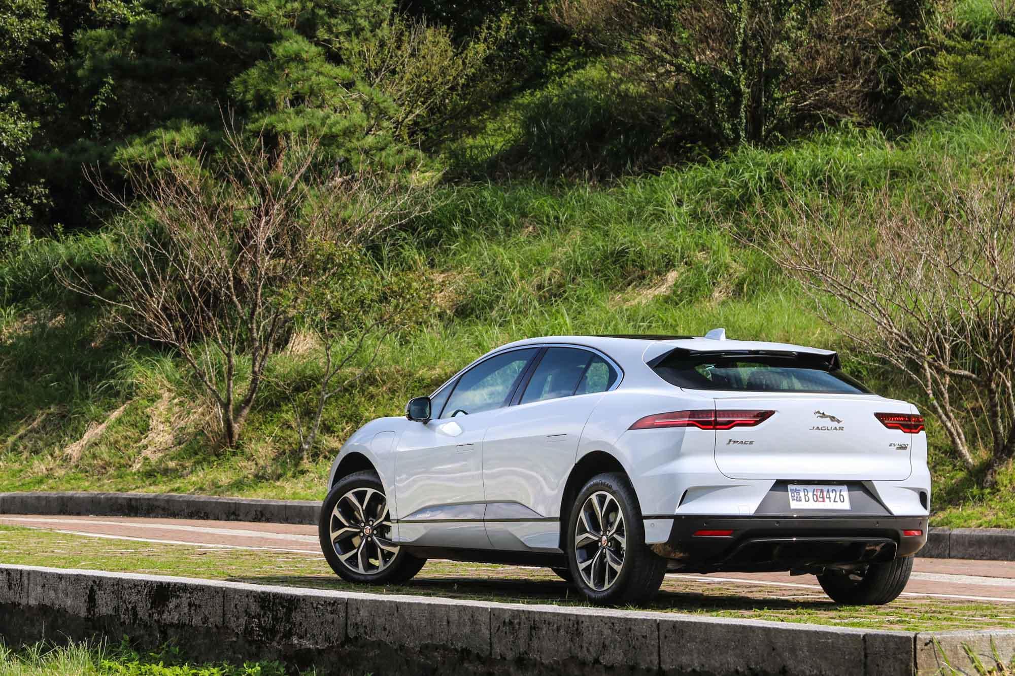 論汽車設計美感,Jaguar 這品牌絕對有資格說上個幾句。