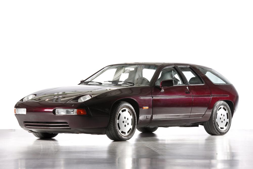 928 四門原型車。