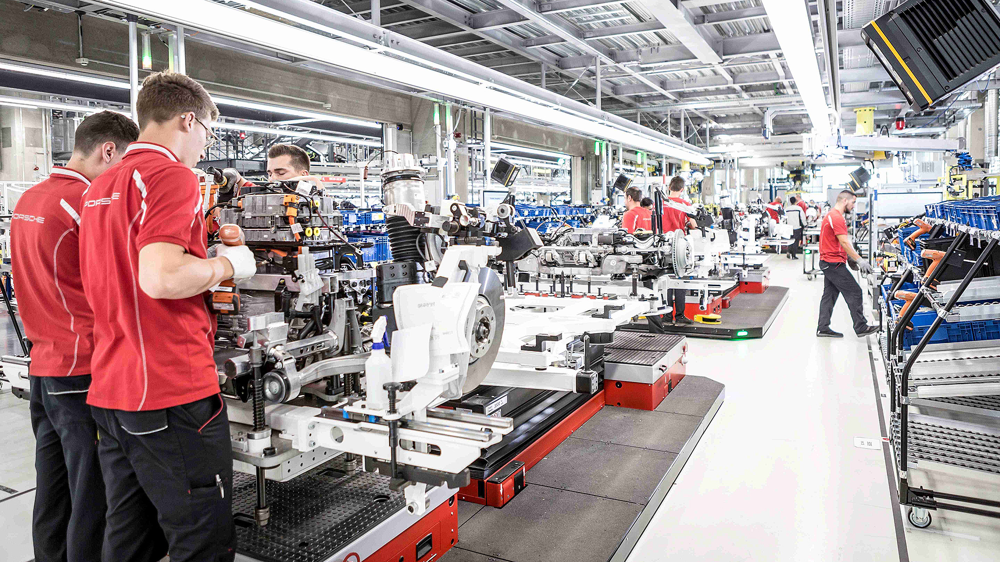 為達 Taycan 生產碳中和目標,Porsche 啟用祖文豪森全新產區