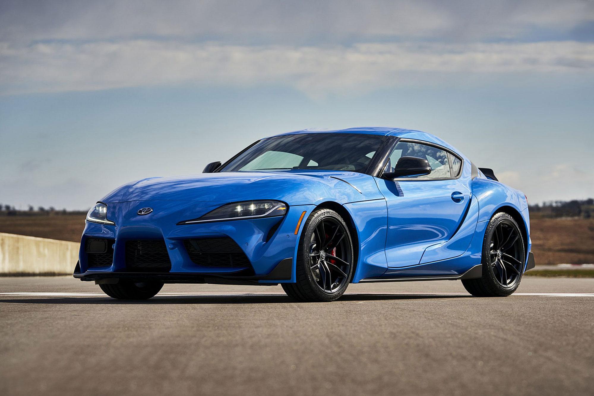 搭載 3.0 升直列 6 缸渦輪增壓動力的車型,馬力輸出從現有的 335 匹馬力升級為 382 匹