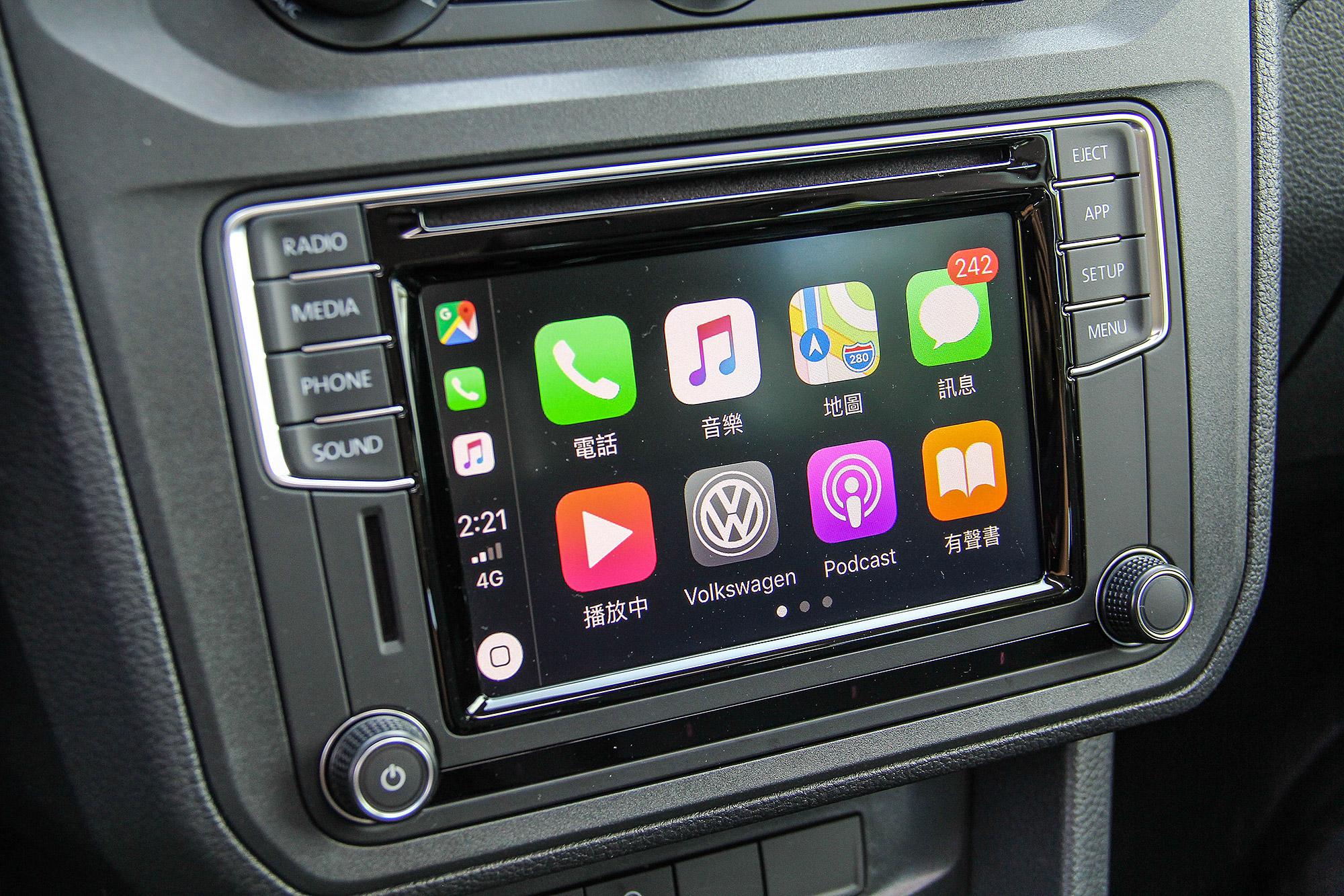 支援 Apple CarPlay 與 Android Auto 的 App-Connect 系統為標準配備,並升級 6.33 吋觸控螢幕。
