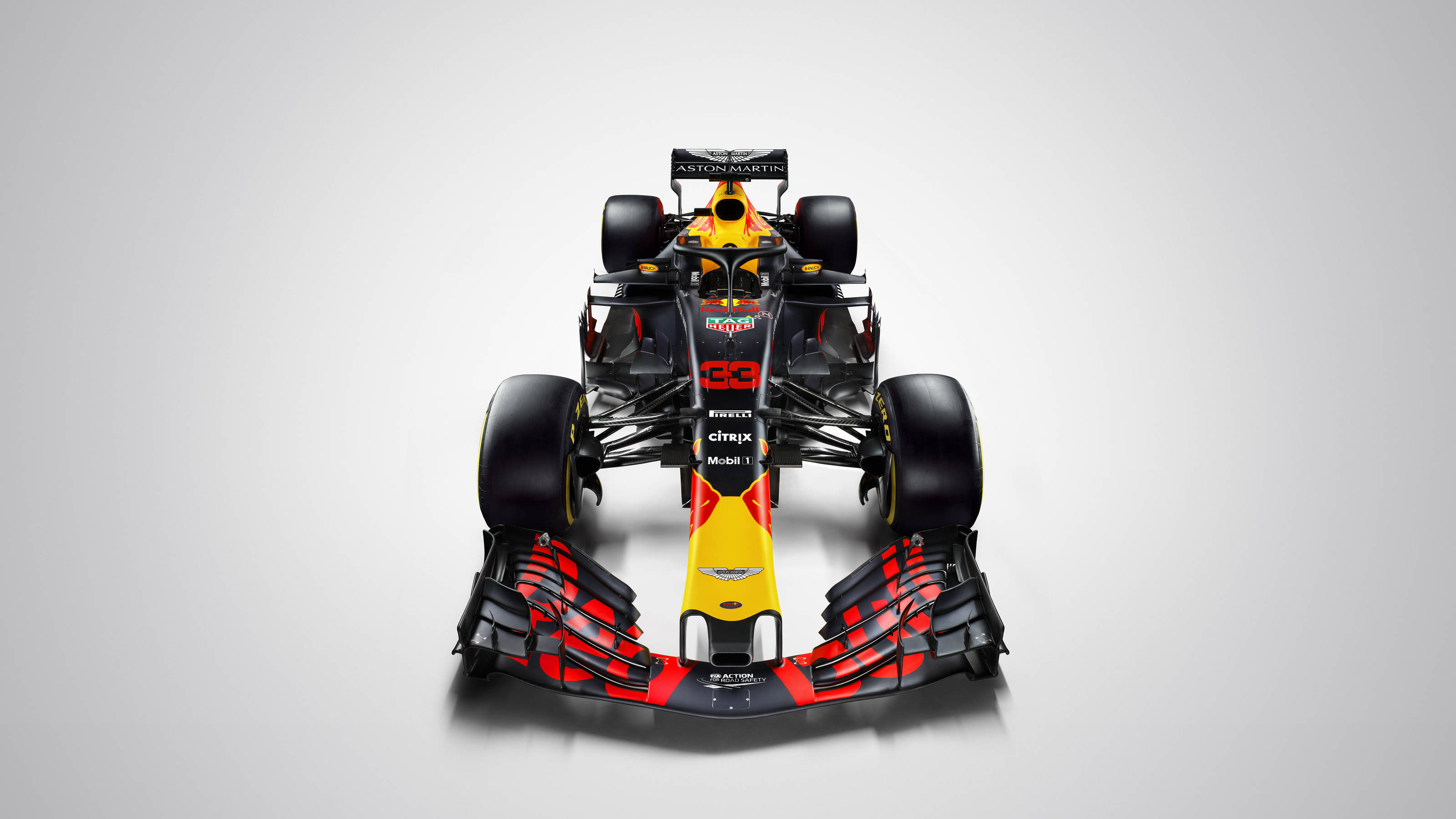 直擊 Max Verstappen 賽車!Red Bull Show Car 北中巡迴展示活動 2/18 開跑