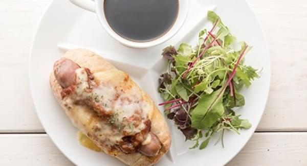 https://www.mercedesme.jp/cafe_restaurant/downstairs/