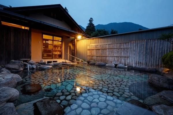 http://www.yufuin-baien.com/gallery/