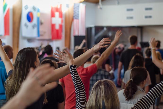 調查:固定上教會禮拜 有益健康