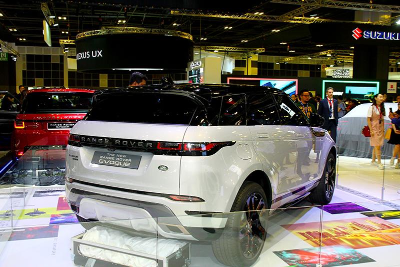 全新Range Rover Evoque變得相當好看,此外也搭載PTA底盤與48V輕油電系統。