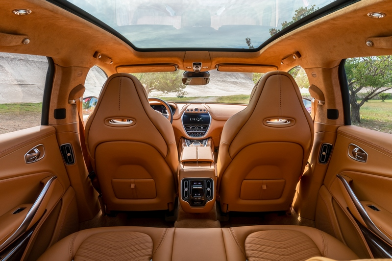 Aston Martin表示DBX會有著相當出色的乘坐表現。