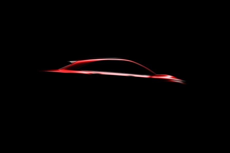 日前公佈的車側圖已經可以看見QX55身形輪廓。