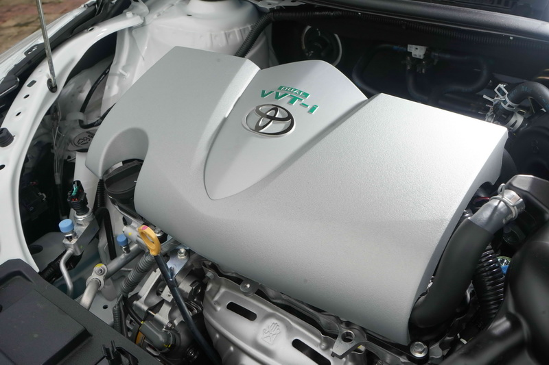 動力輸出不變,依舊為1.5升自然進氣引擎搭配可模擬7速的CVT變速箱