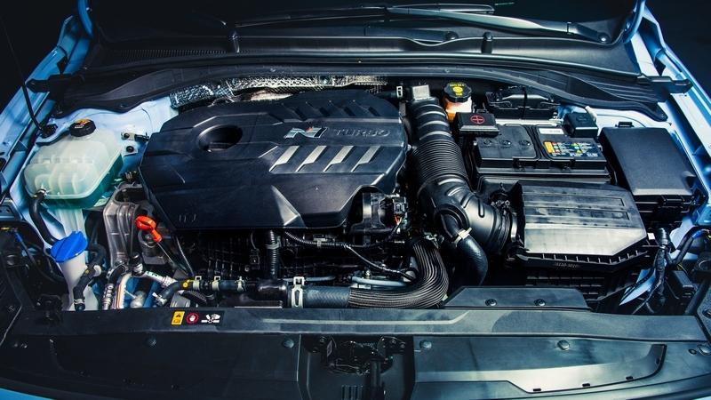 所搭載的2.0升渦輪引擎,要從275匹提升至超過300匹並非難事。