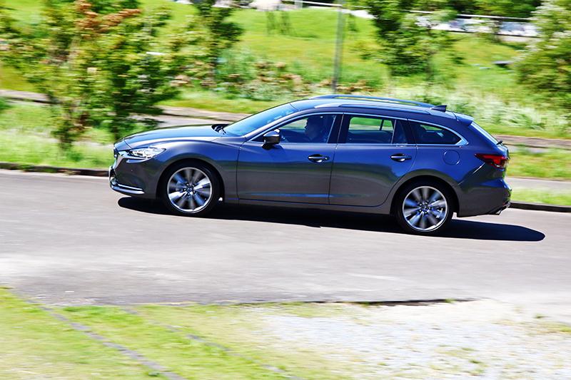 兼具舒適與操控的行路風格,相當適合自駕或乘載家人。