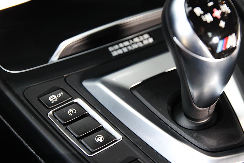 M款專屬的可自行選擇動力輸出與方向盤轉向功能。