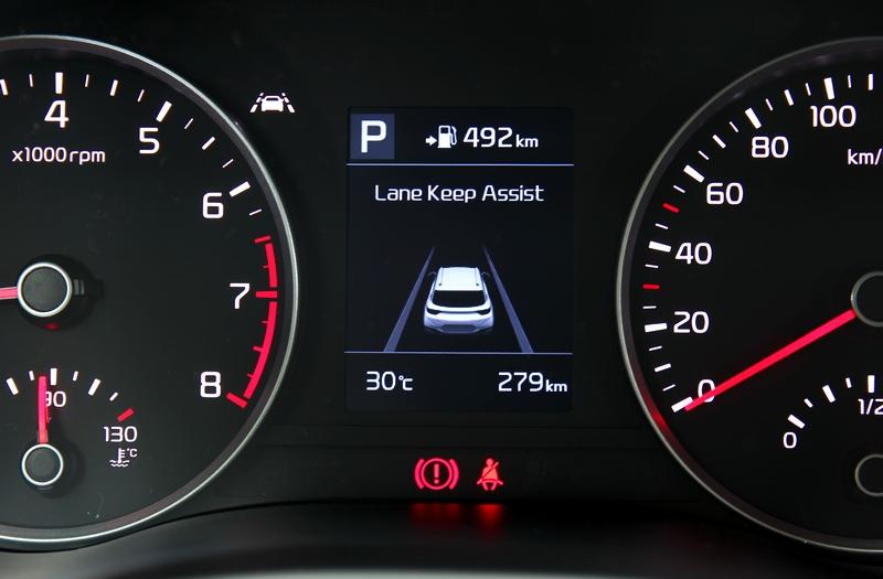 全車系標配Drive Wise安全輔助系統,唯一不足之處就是國外原廠尚未提供ACC系統。
