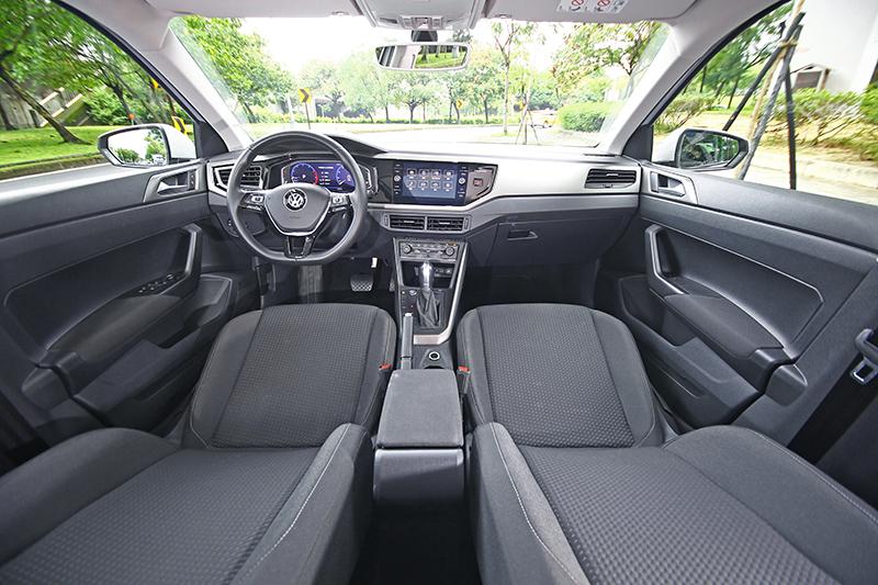 擁有德國工藝的細膩與質感,Volkswagen Polo堪稱入主德系車最快的捷徑。