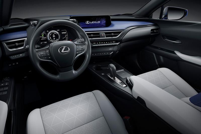 座艙格局設計也與一般車型相同。