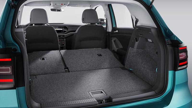 雖為小型休旅車型但於在空間機能仍有一定水準。