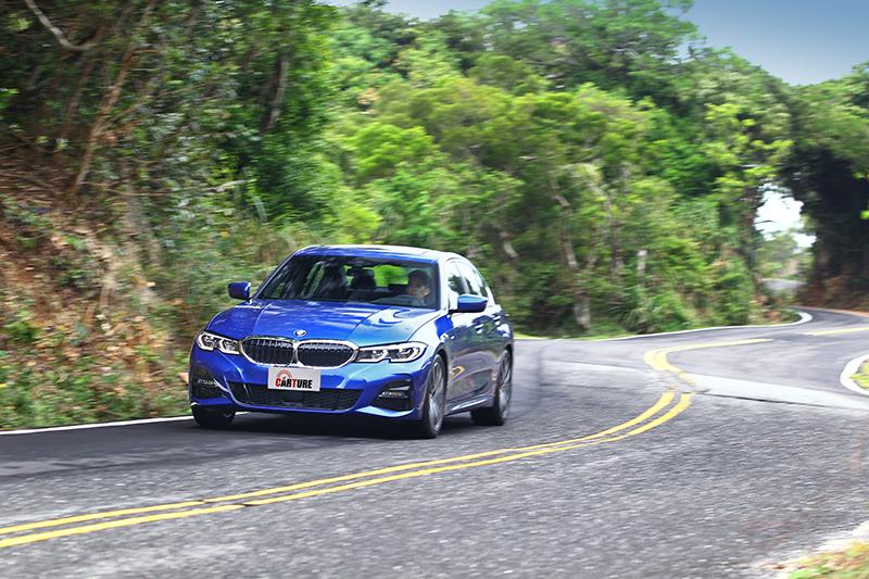 G20終究是輛BMW,蜿蜒山路就是它一展長處的所在。
