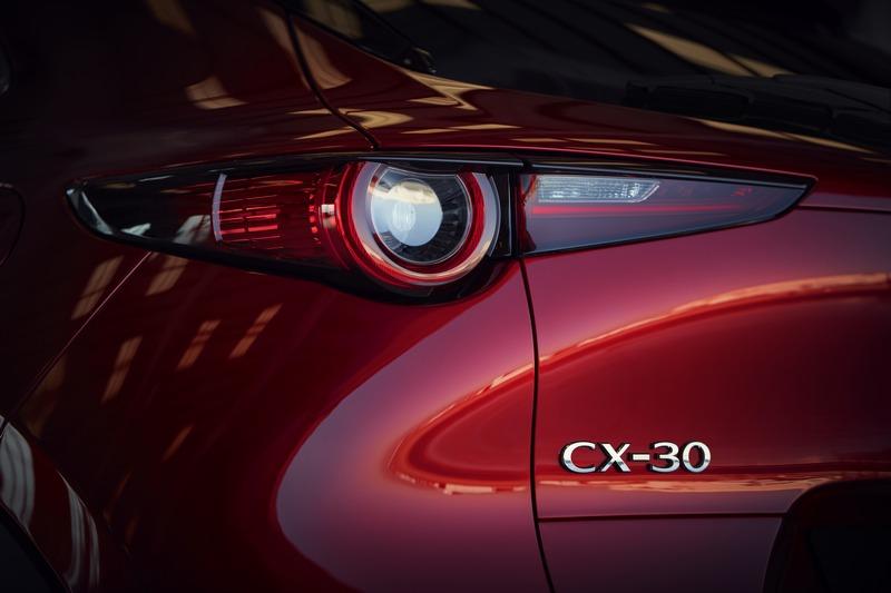 奧地利CX-30前驅+六速手自排的2.0升Skyactiv-G,售價為30,090歐元。