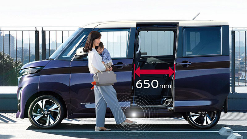 Roox擁有650mm寬的感應式側滑門