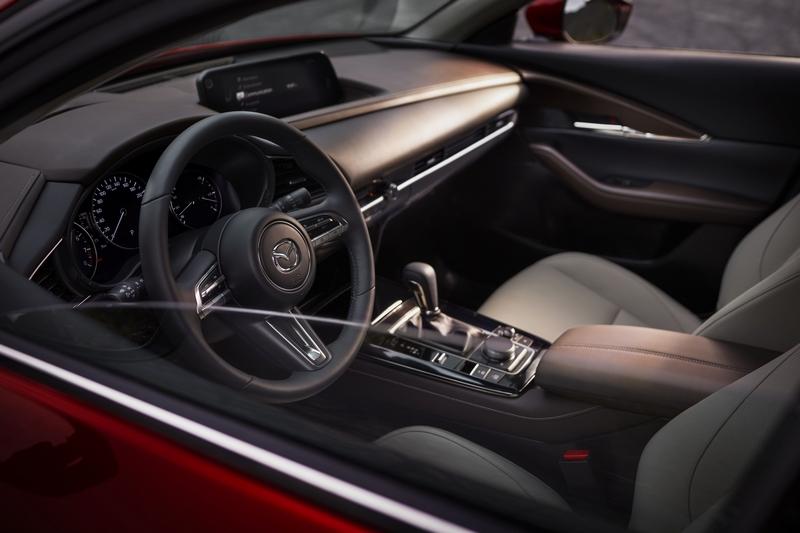CX-30座艙與外觀設計都與Mazda 3如出一轍。