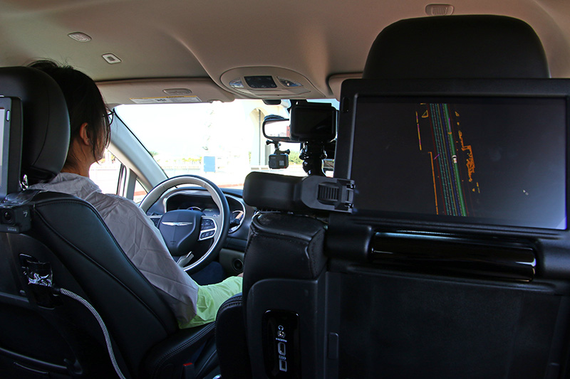 在車內同樣設有許多高精度設備。