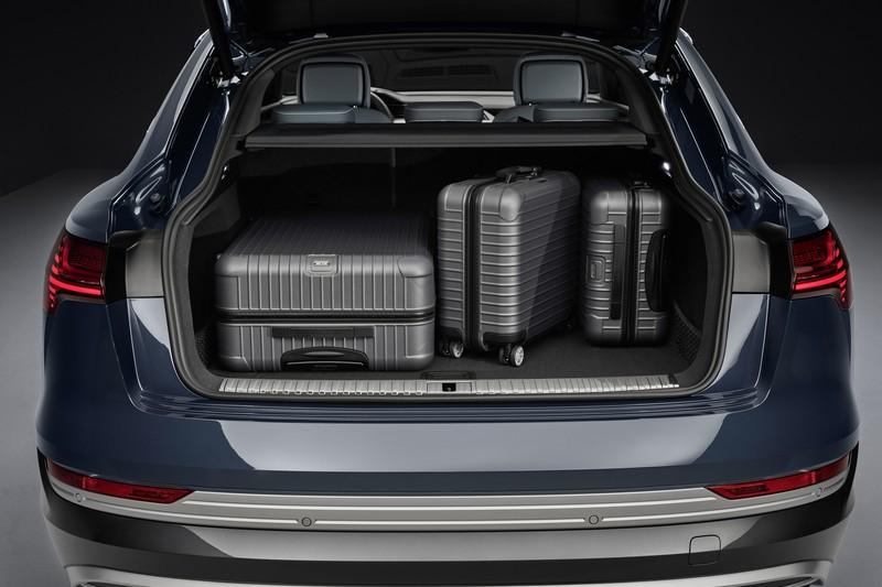 行李廂具有615~1655公升空間。