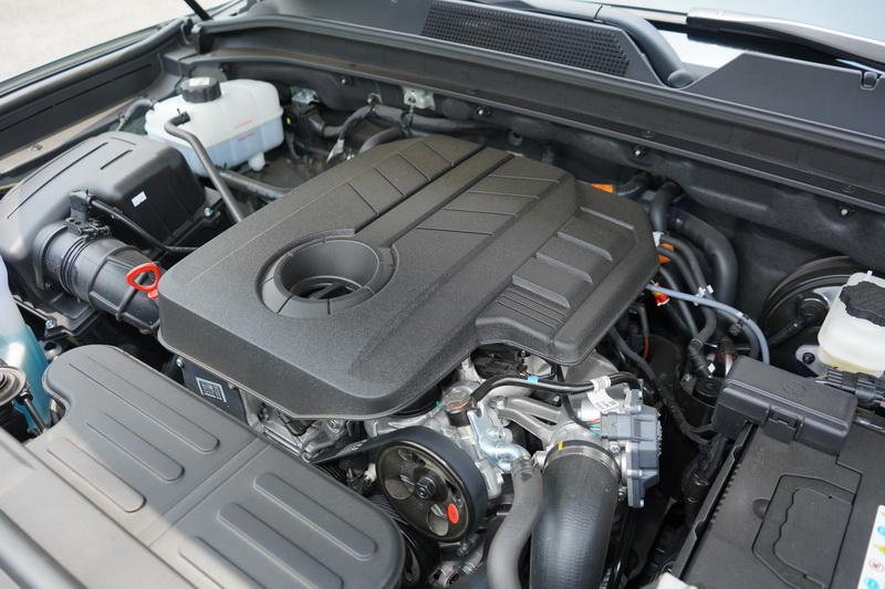 這次所搭載的動力為擁有181匹馬力之2.2升4缸柴油渦輪引擎