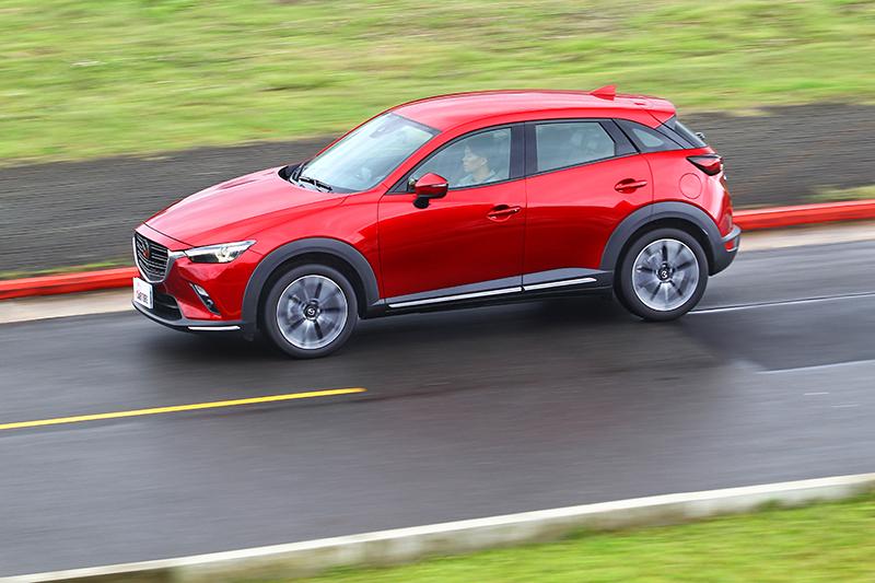 新CX-3將會以Mazda 3作為基礎,因此整體尺碼與空間都會放大。