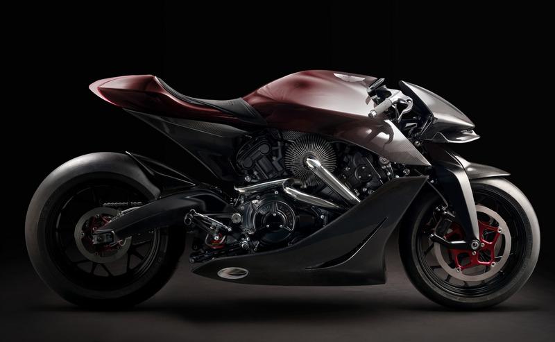AMB 001搭載1.0升V型雙缸渦輪引擎,具有180hp最大馬力。