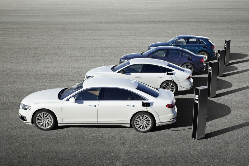Q5、A6、A7 Sportback與A8所搭載的Plug-In Hybrid系統,能提供40公里純電行駛距離。