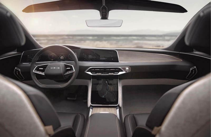 不同於Model S,Lucid Air座艙設計則較偏向於汽車思維。