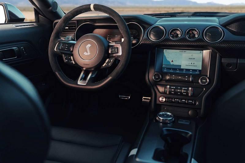 對於車迷來說Mustang Shelby GT500搭載雙離合器變速箱就是少一味。